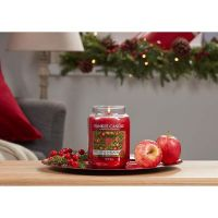 YANKEE CANDLE АРОМАТНА СВЕЩ RED APPLE WREATH